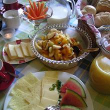 Landfrühstück aus Haselbrunn.
